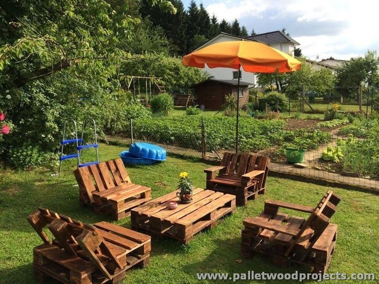 Pallet Garden Furniture