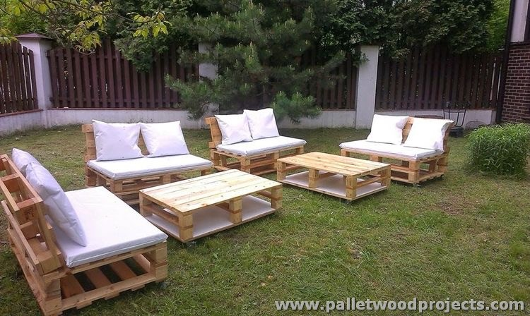 Pallet garden furniture sets pallet wood projects - Sofas palets jardin ...