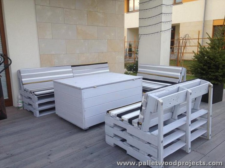 Pallet Made Terrace Furniture