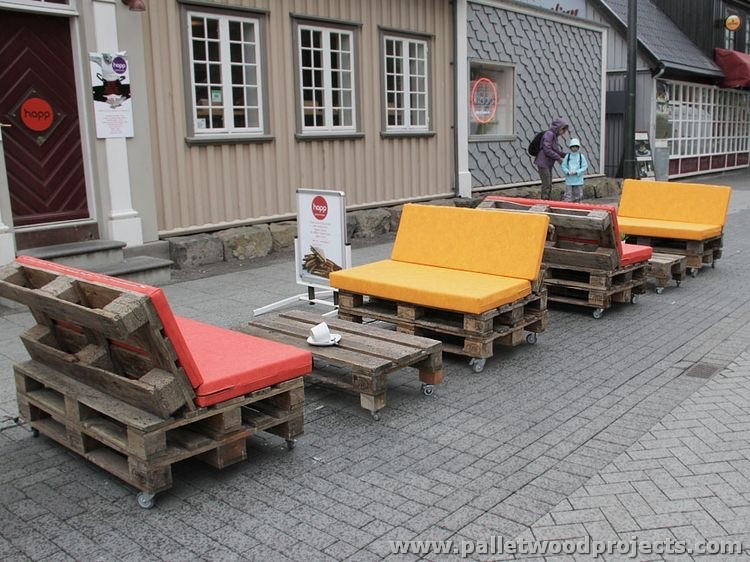 Pallet Outdoor Seating Plans