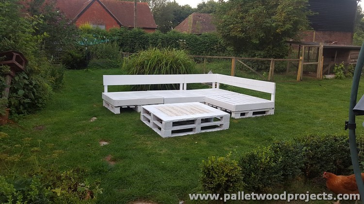 Pallet Seating Area