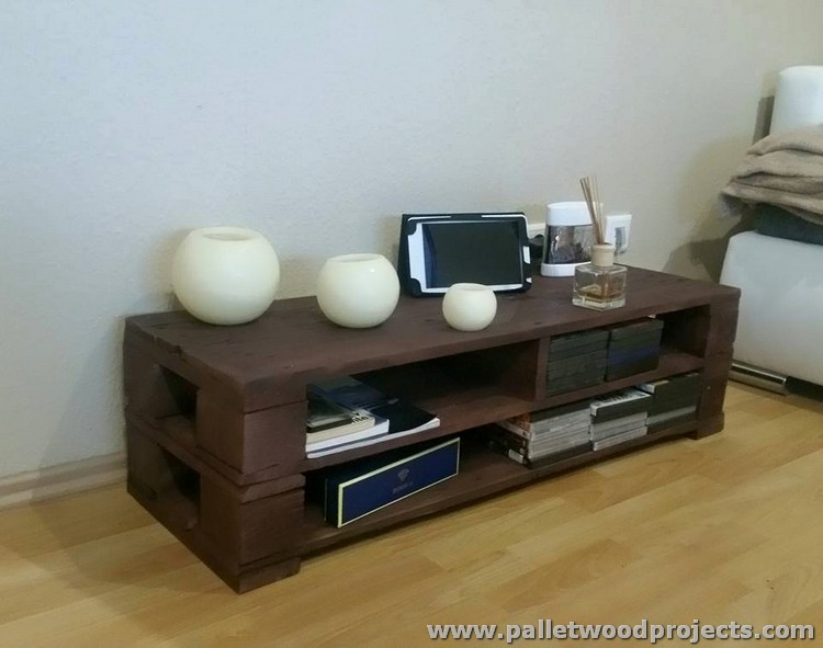 Pallet Wooden Table with Storage