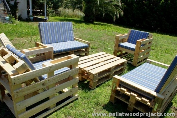 Garden Furniture Made with Wooden Pallets