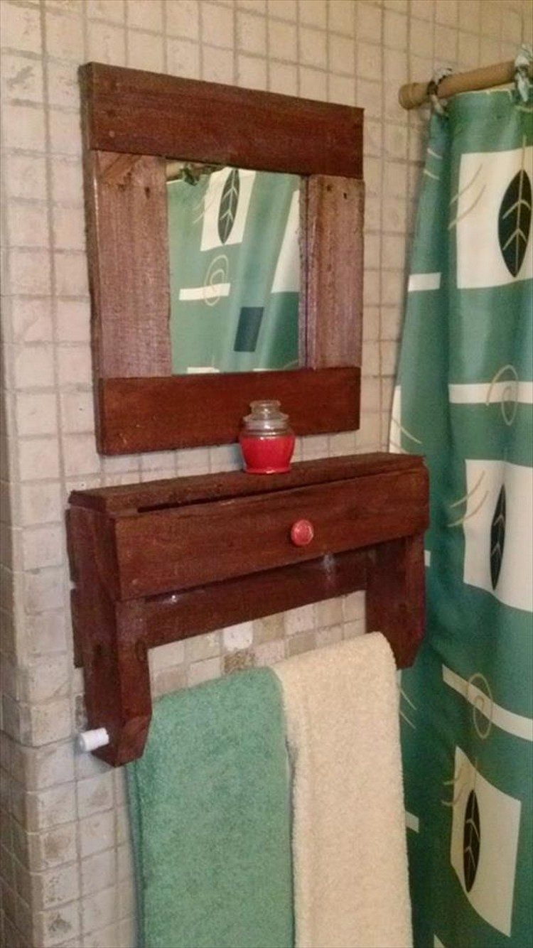 Pallet Bathroom Shelf and Mirror