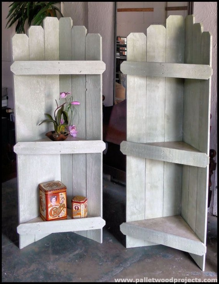 Fabulous wooden pallet ideas pallet wood projects Corner shelf ideas