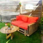Pallet Cushioned Seat with Spool Coffee Table