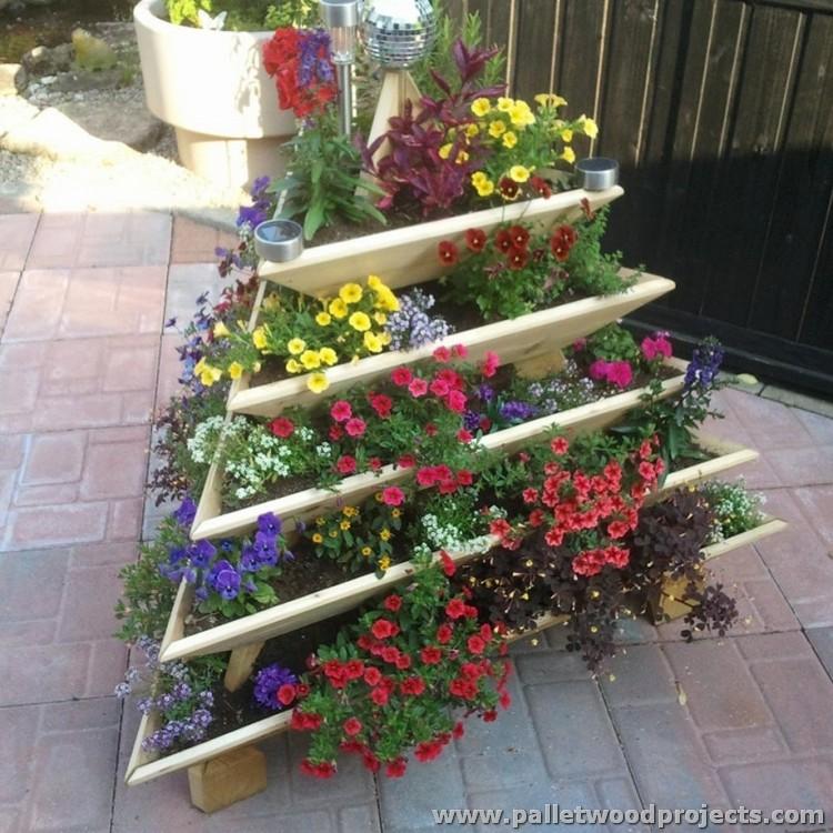 Pallet Plant Pyramid