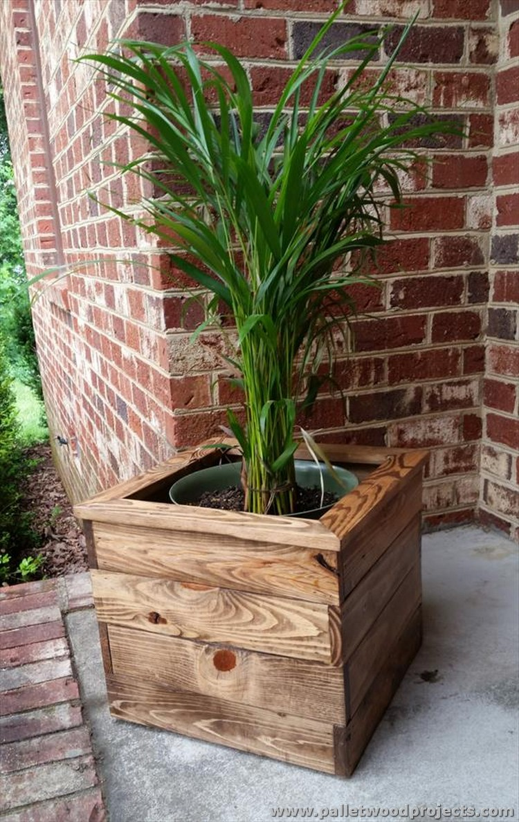 pallet planter ideas pallet wood projects. Black Bedroom Furniture Sets. Home Design Ideas