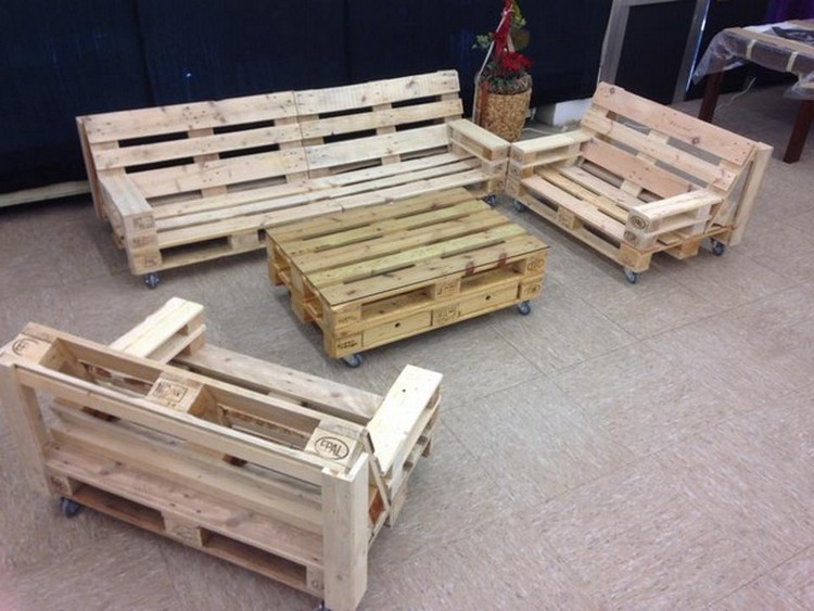 Pallet patio furniture plans pallet wood projects for Pallet furniture projects