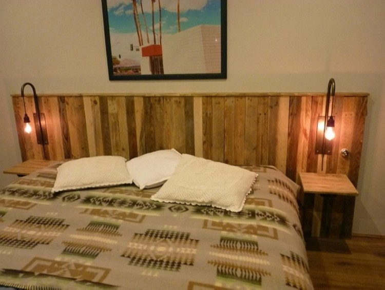 Recycled Pallet Headboard with Shelves