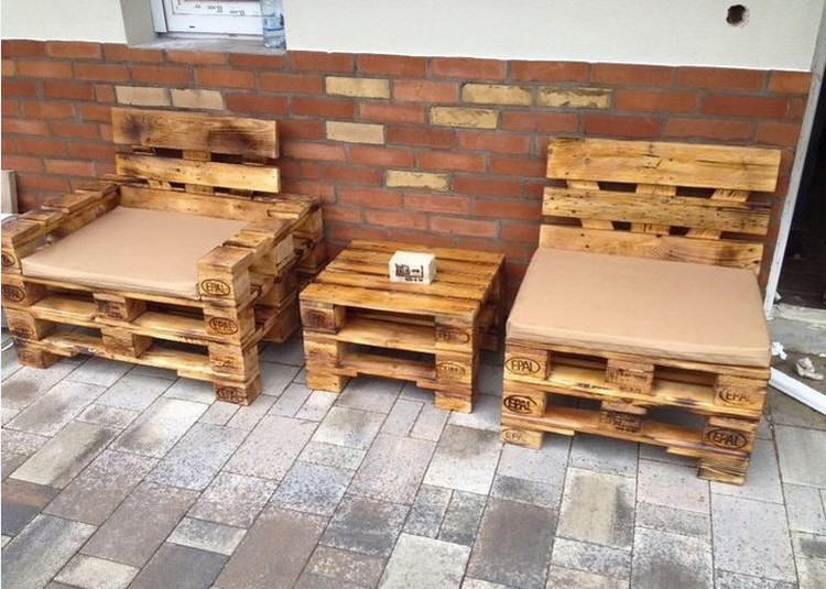 ... Recycled Wood Pallet Patio Furniture
