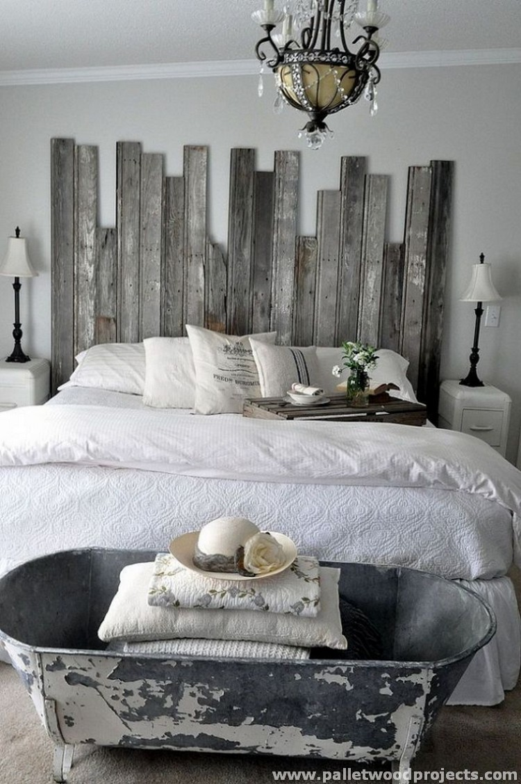 Cozy pallet headboard ideas pallet wood projects for Idee palette de bois