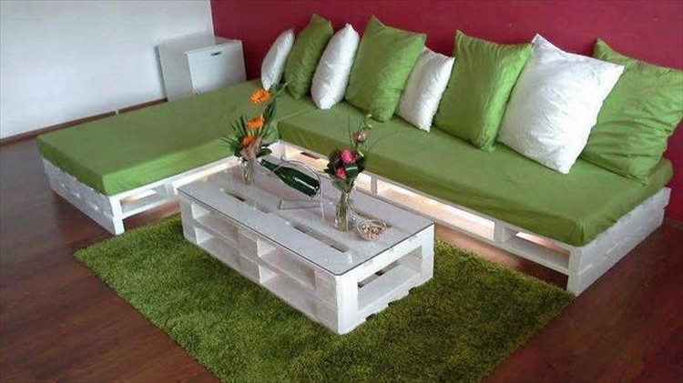 Recycled Wooden Pallet Sofa Ideas | Pallet Wood Projects