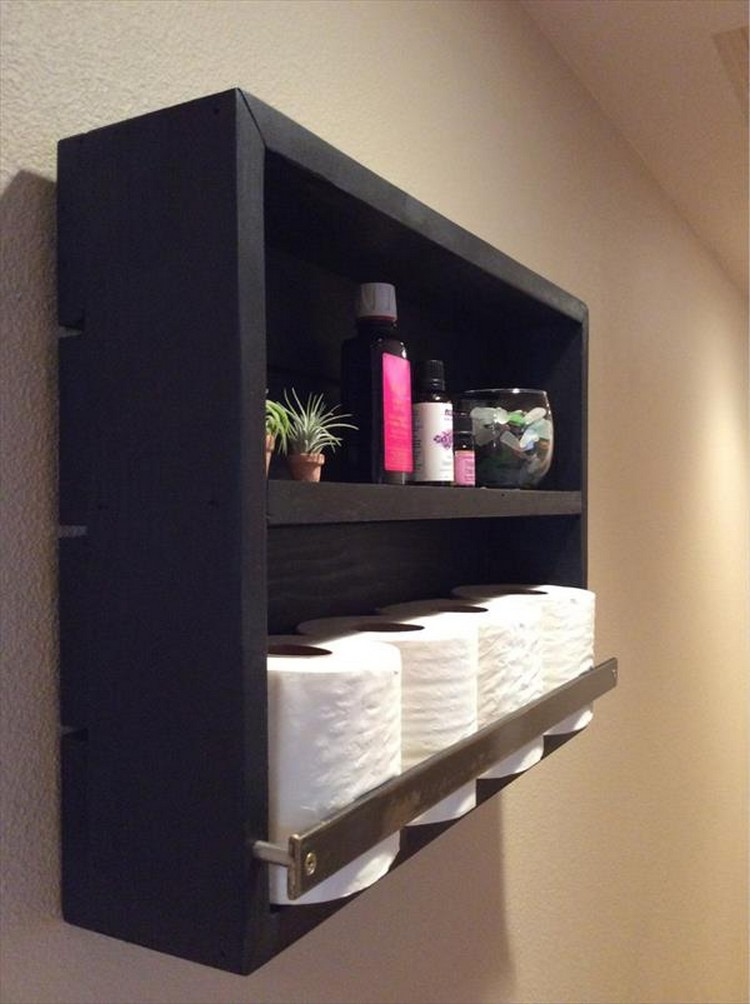 Wood Pallet Bathroom Shelf