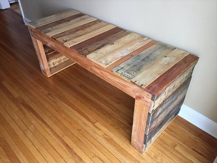 Benches Made with Wood Pallets | Pallet Wood Projects