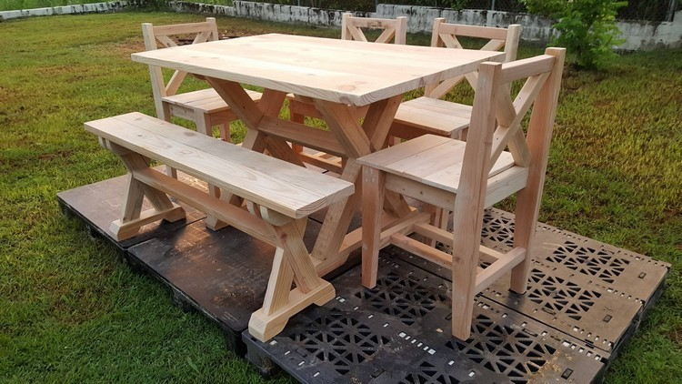 Wooden Pallet Garden Furniture. Pallet Patio Furniture Plans   Pallet Wood Projects