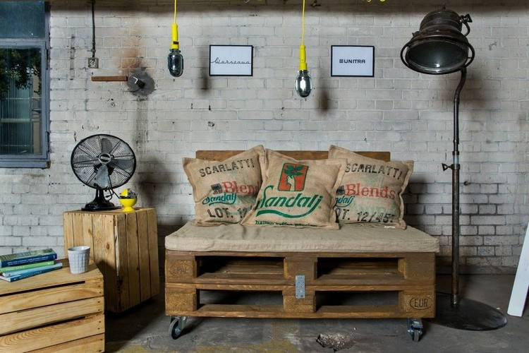 Pallet Bench and Side Table