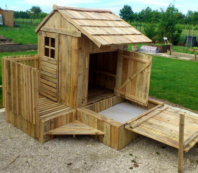 Pallet Playhouse with Attached Sandbox