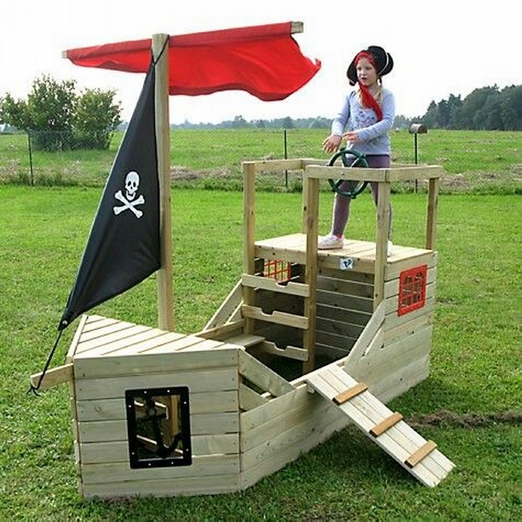 Pallet Ship Playhouse