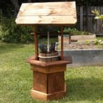 Wood Pallet Wishing Well Planter