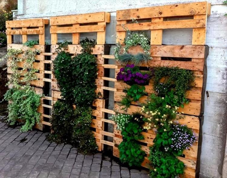 Pallet Verticle Gardens