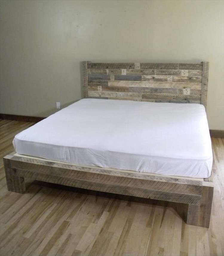 Upcycled Pallet Bed with Mattress