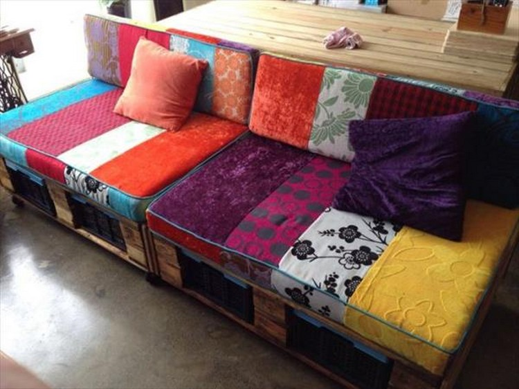 Wood Pallet Sofa Idea