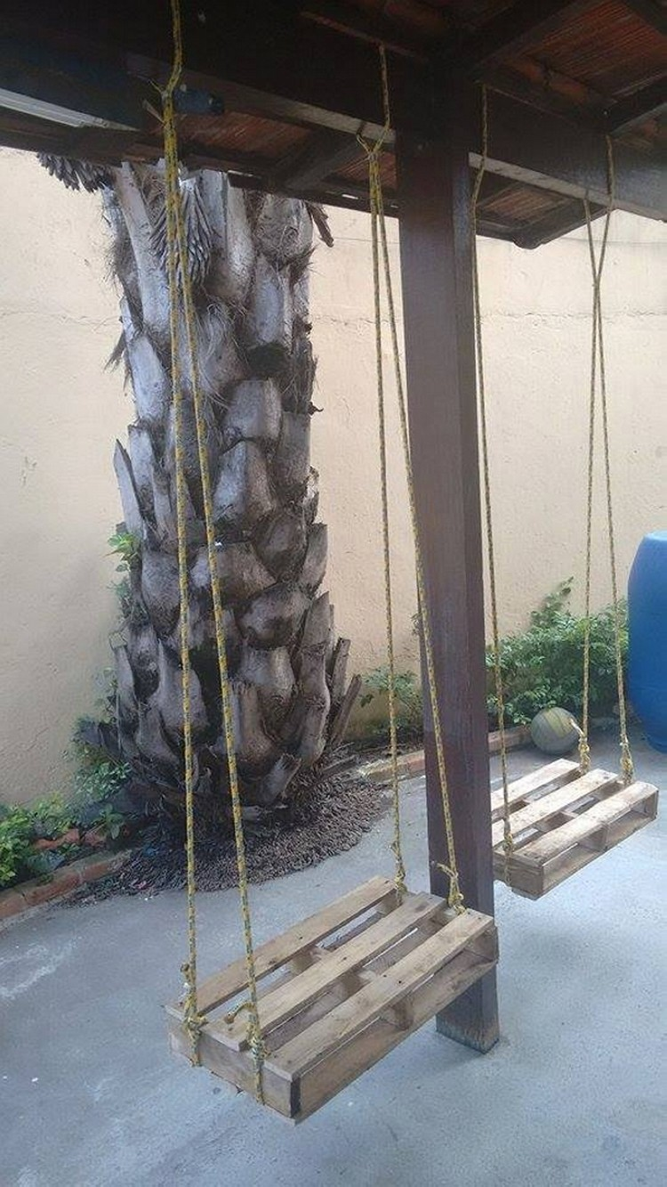 Wood Pallet Swings