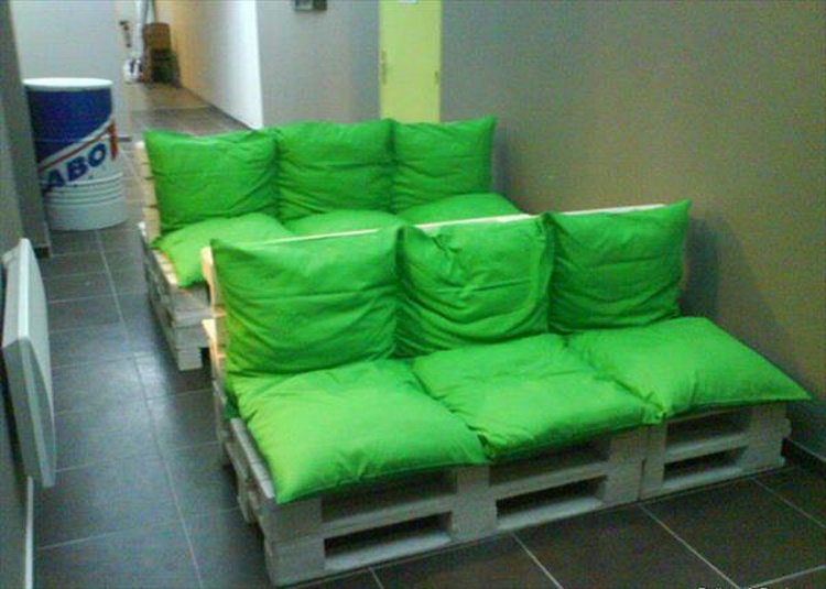 3 Seated Pallet Sofa Plan