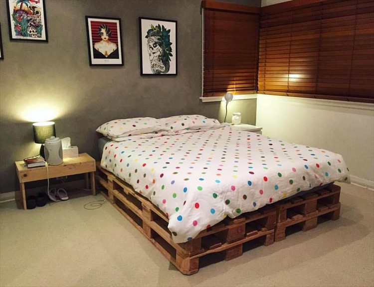 Pallet Bed with White Mattress