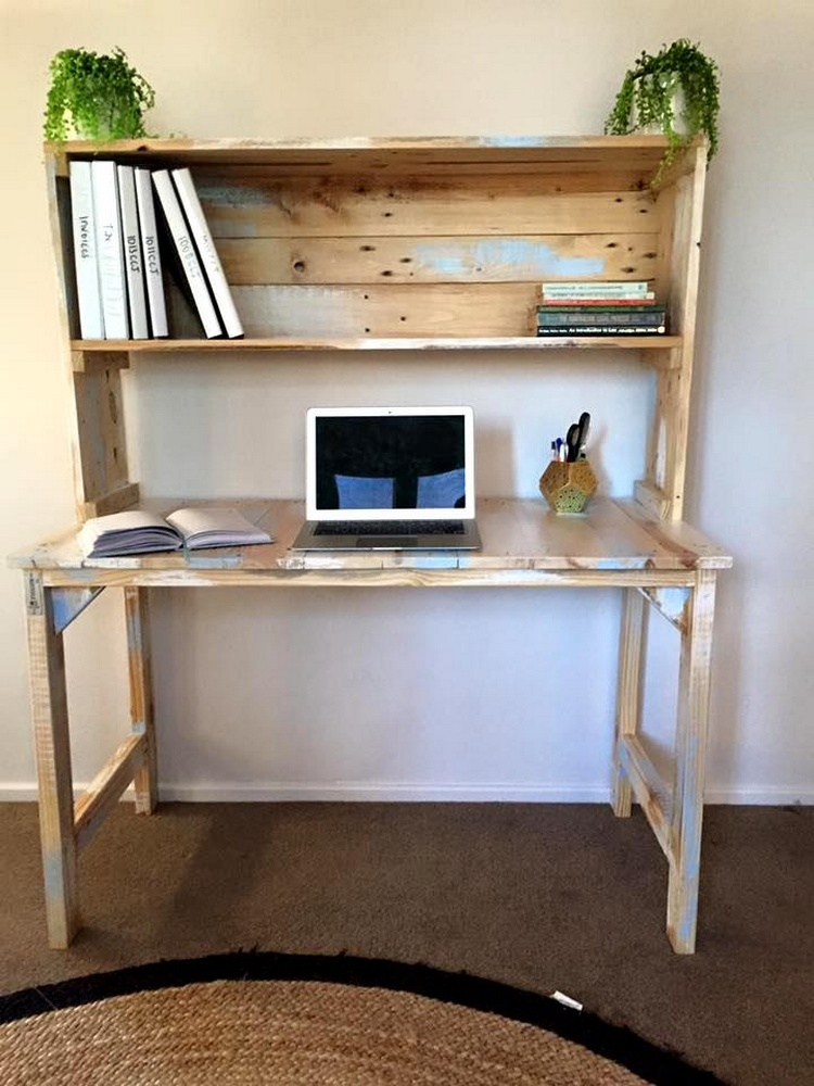 Pallet Desk with Bookshelf