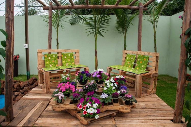 Pallet Patio Furniture Idea