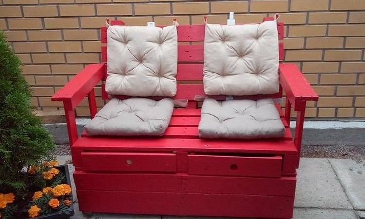 Pallet Patio Seat