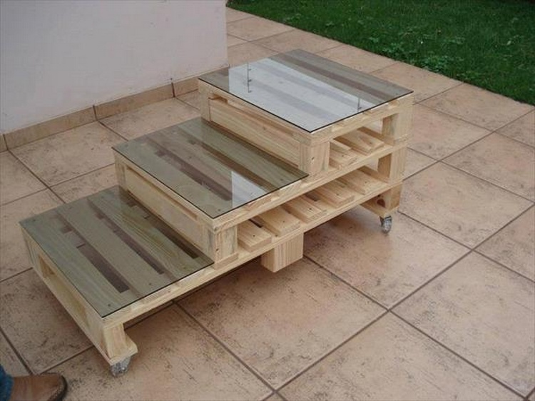 creative diy outdoor pallet furniture ideas pallet wood projects. Black Bedroom Furniture Sets. Home Design Ideas