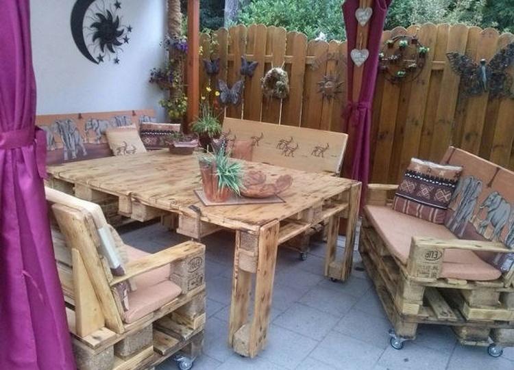Pallet Wooden Patio Lounge