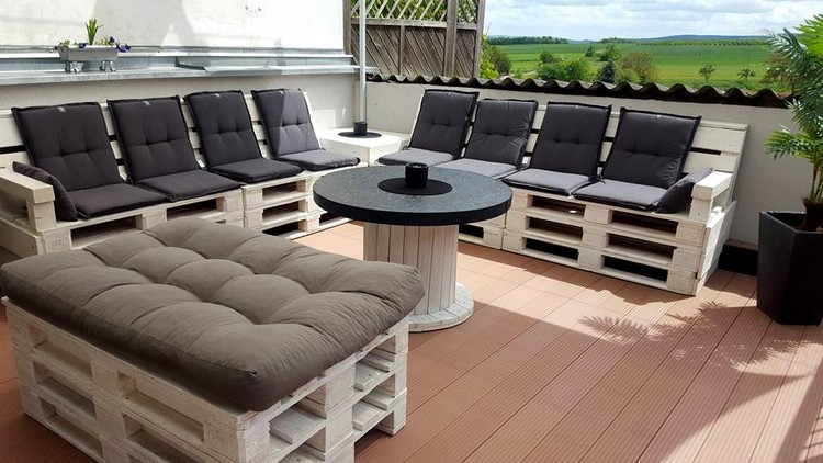 Pallet and Spool Terrace Sitting Set