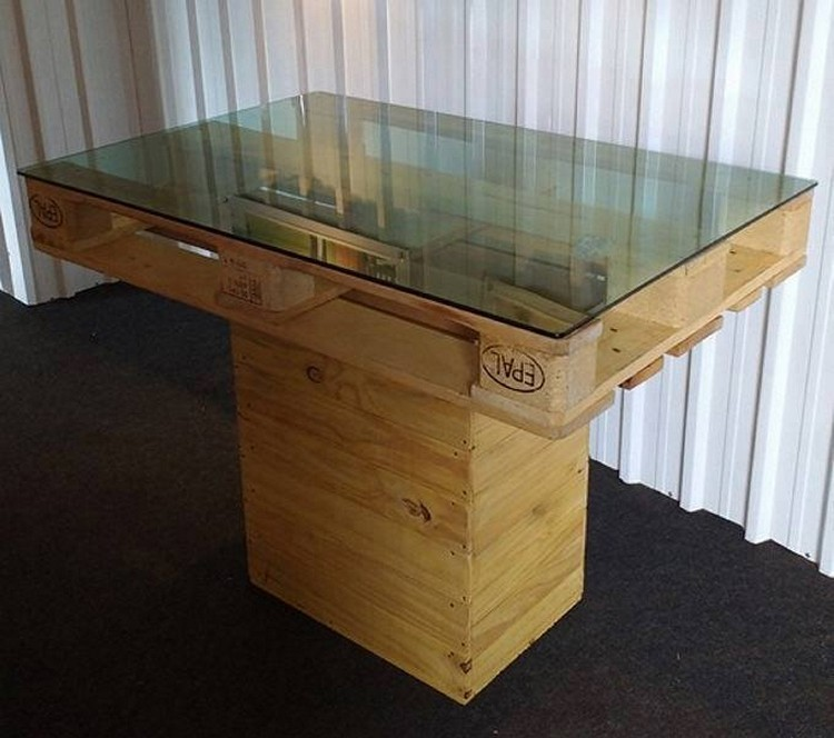 Unique Pallet Table with Glass Top