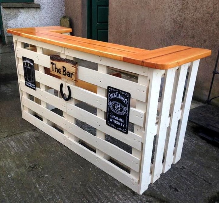 Repurposed wood pallet projects pallet wood projects Pallet ideas