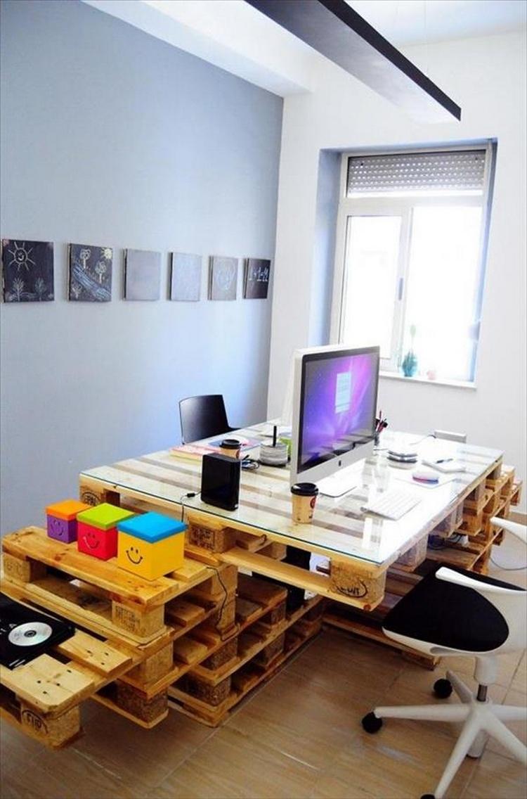 Wood Pallet Computer Desk