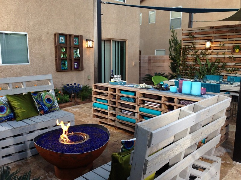 Wood Pallet Outdoor Idea