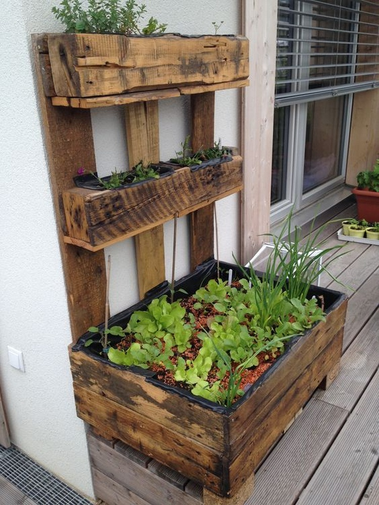 Wood Pallet Patio Ideas