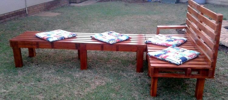 Wood Pallet Sofa and Bench