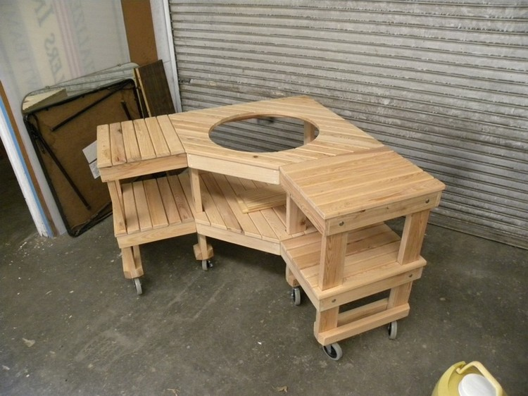 Custom Green Egg Corner Table Made with Pallets