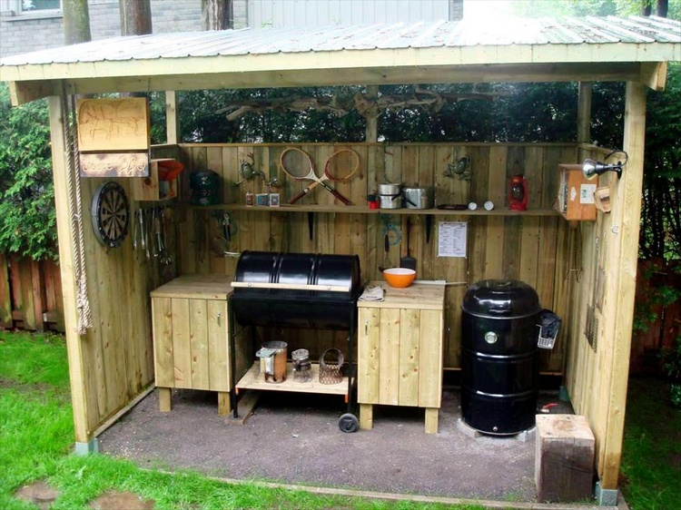 Pallet Outdoor Workshop