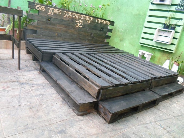 Prepare Amazing Projects With Old Wood Pallets Pallet