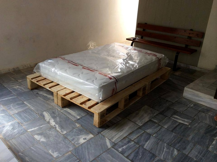 Ideas About Pallet Bed Frames Pallet Wood Projects