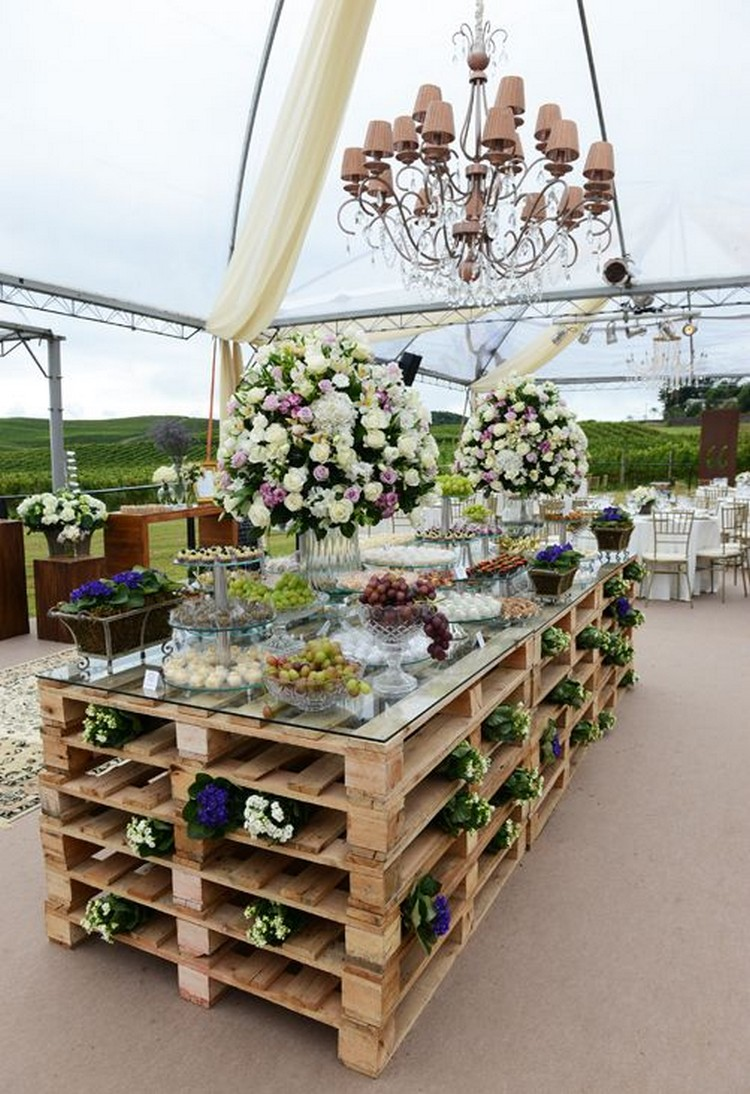 Wood Pallet Table for Wedding