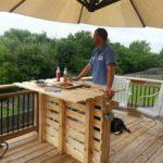 Wooden Pallet Outodoor Bar