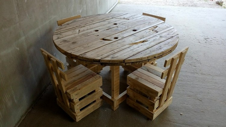 Pallet Chairs and Round Table