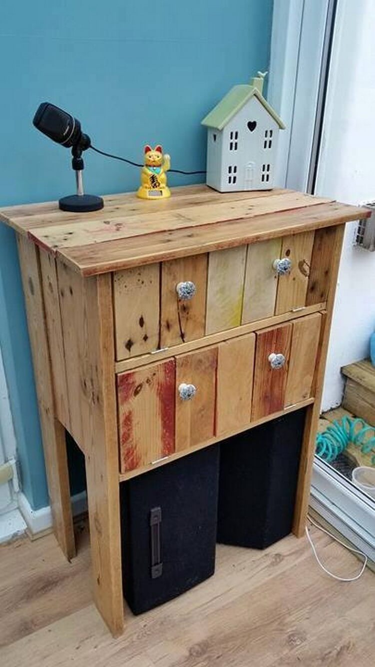Wood Pallet Side Table End Table